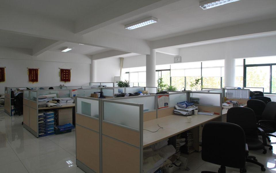 锦玉电子办公室风采